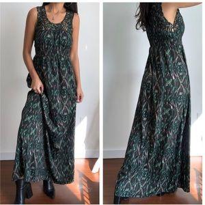 Charlie Jade print sleeveless maxi dress M